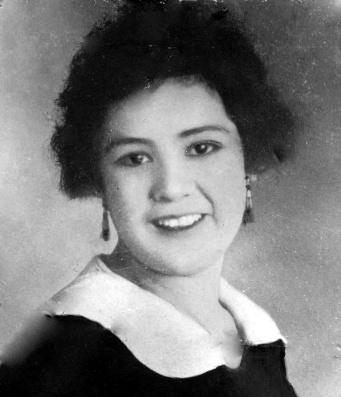 Virginia (Jean) Lopez - 1917 Photo - Courtesy of Nancy Gillespie-McAllister